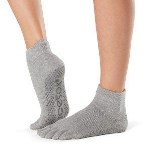 toesox full toe ankle grip carape za jogu heather grey
