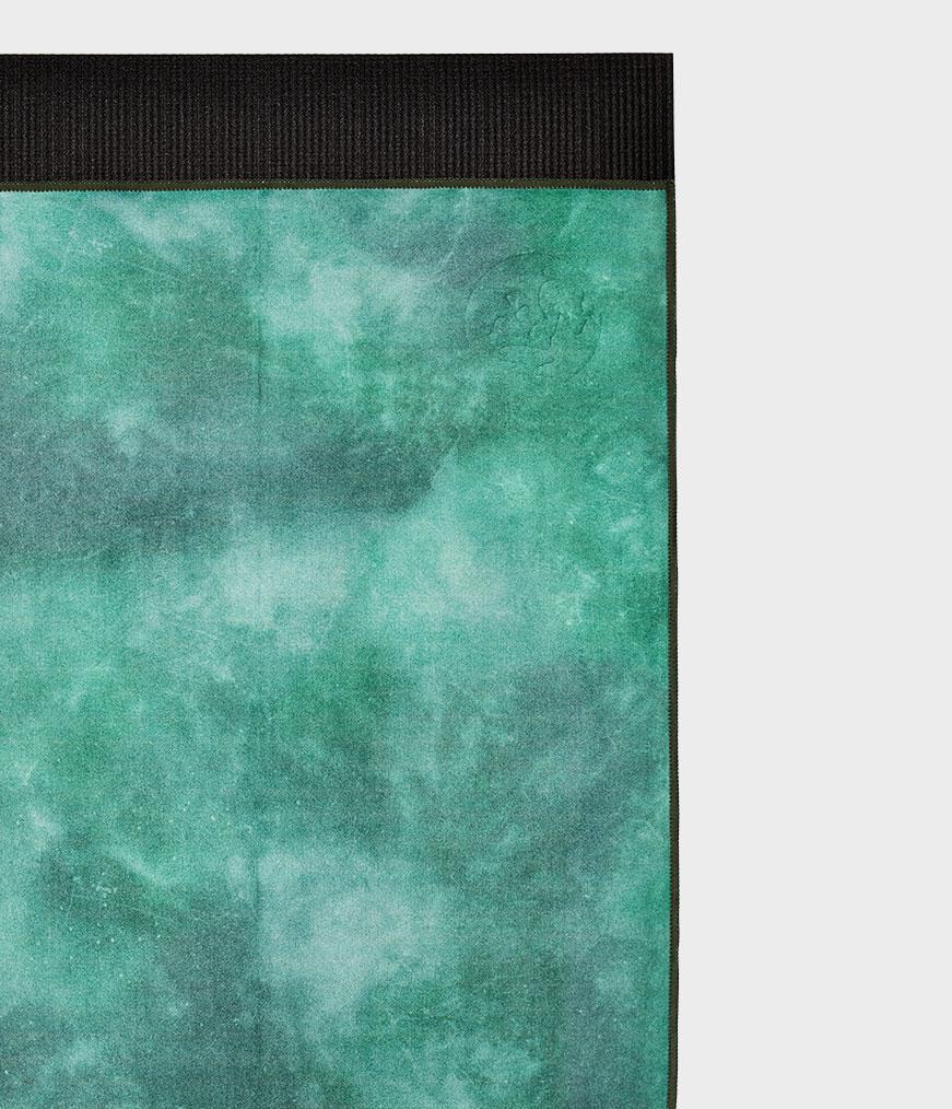 Manduka eQua Camo Tie Dye Greens Peskir za Jogu